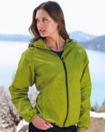 EB501 Ladies packable wind jacket in light green