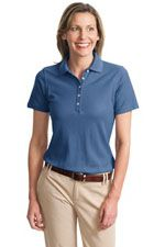 Cotton polo that resists wrinkles, fading and shrinking